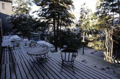 Deck con nieve